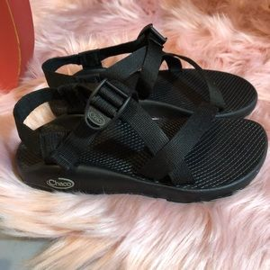 Black Chaco Sandals Size 7